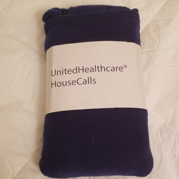 united Health Other - Folding Pillow Blanket